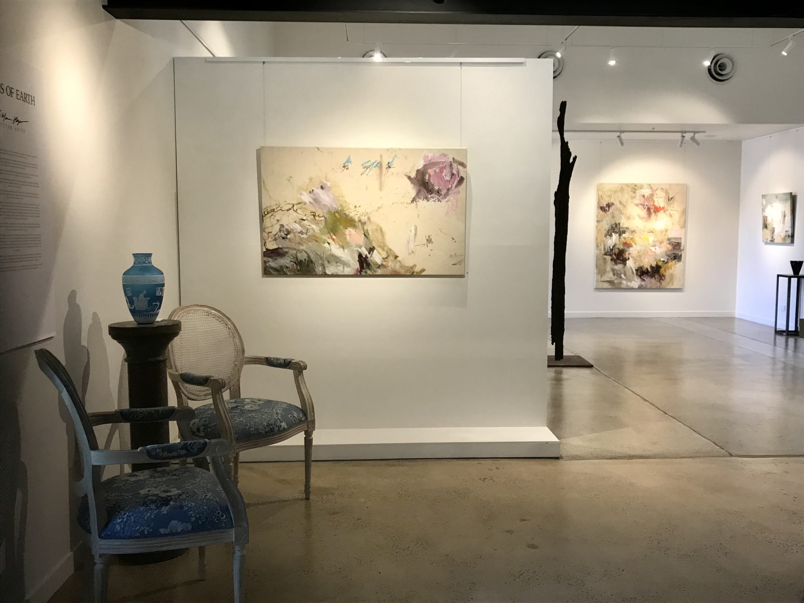 Photograph of Grainger Gallery in the new arts precinct at Dairy Flat Road